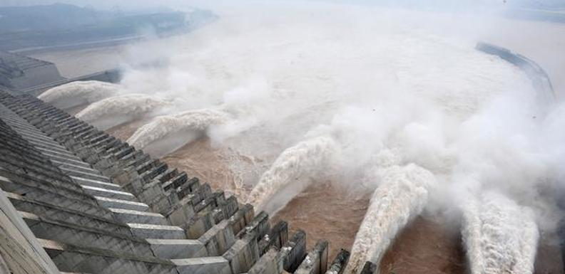 #(1)CHINA-YICHANG-THREE GORGES DAM-FLOOD PEAK (CN)